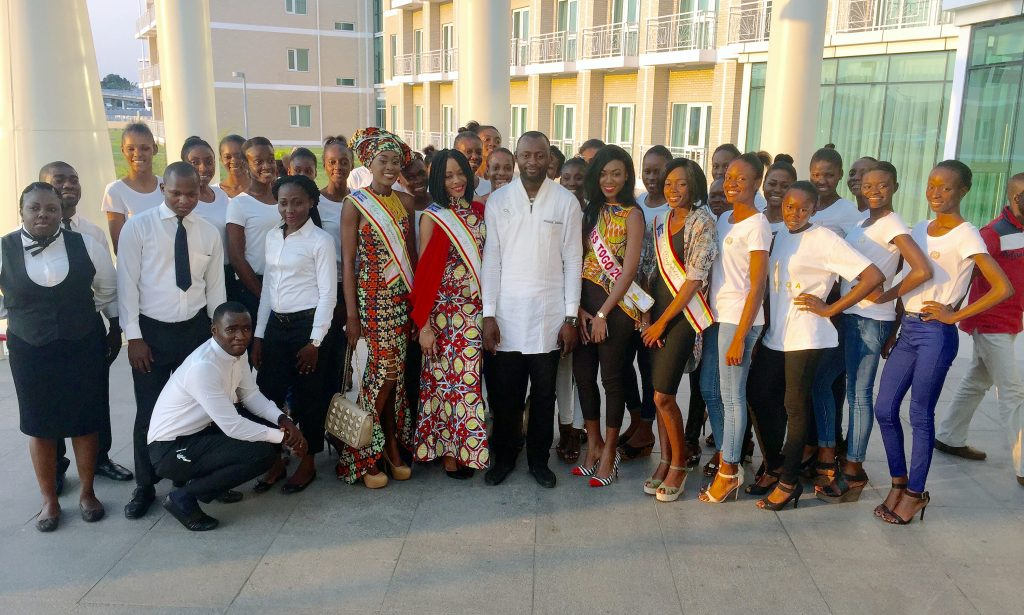 16-10-pefaco-hotewl-maya-maya-brazzaville-event-miss-congo-miss-charme-togo-2015-cocktail